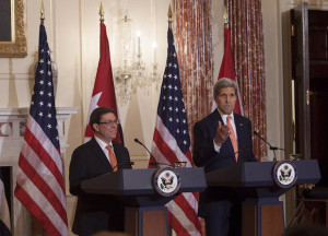 Bruno Rodríguez y John Kerry, en el Departamento de Estado, en Washington.